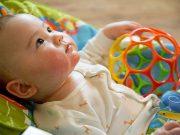 игри, подходящи за 2-месечно бебе