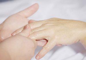 артрит на ръцете – лечение