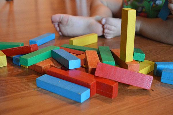 игри за бебета на 9 - 12 месеца