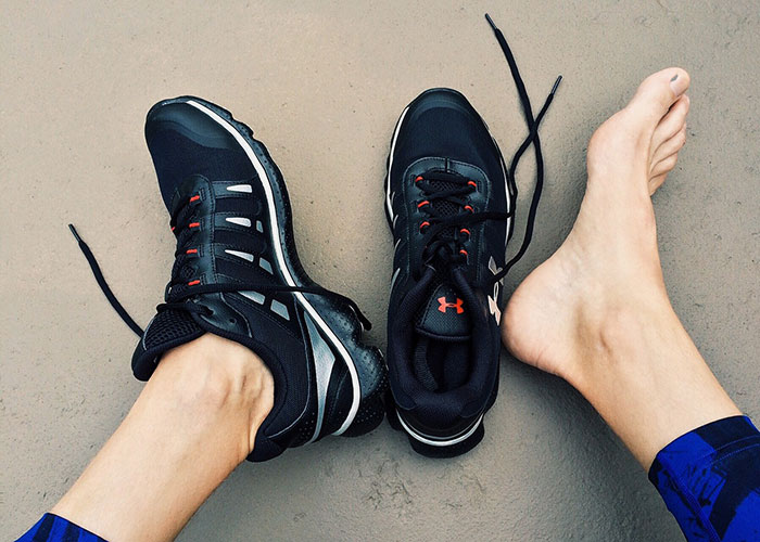 черен нокът на крака