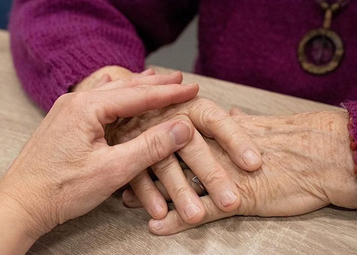 диагностицира ревматоиден артрит
